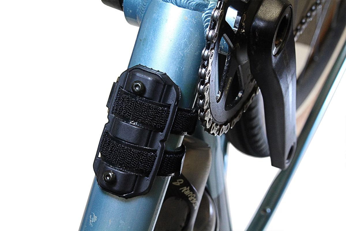 BEAR HUG MOUNT - חיבור לאוחז בקבוק - אופני שטח וגראבל