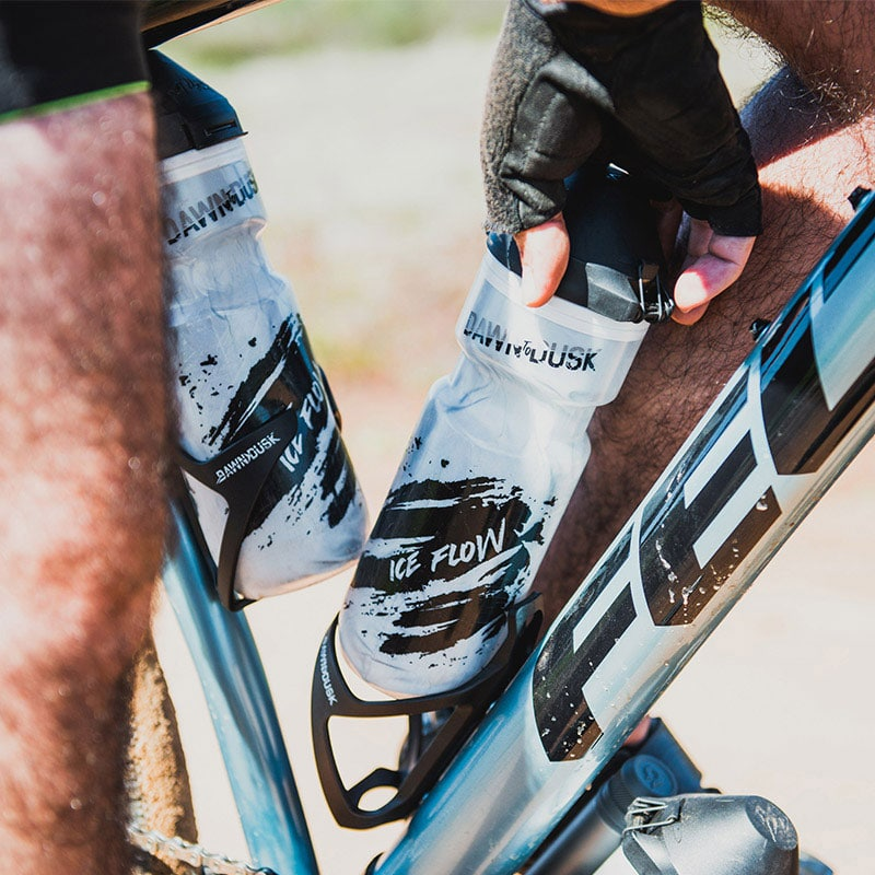 Sideburn-6-cage-mountain-gravel-road-bike-cycle-cycling-water-hydration-bottle-grip-retention-secure-holder-6