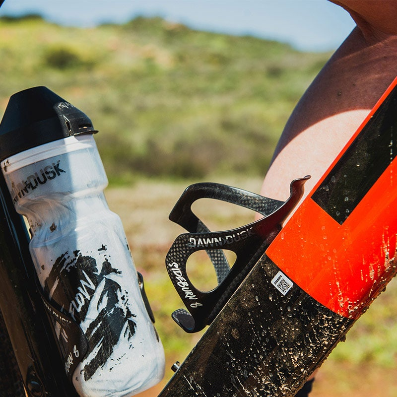 Sideburn-8-cage-mountain-gravel-road-bike-cycle-cycling-water-hydration-bottle-grip-retention-secure-holder-5
